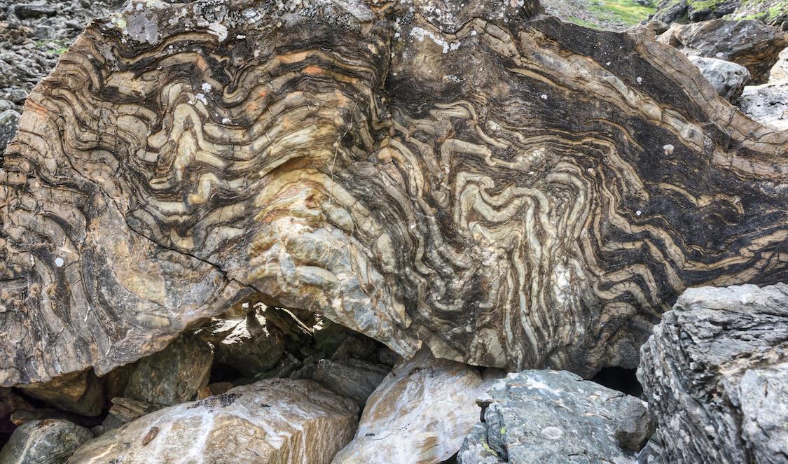 AdobeStock 89273749 - Quartzite