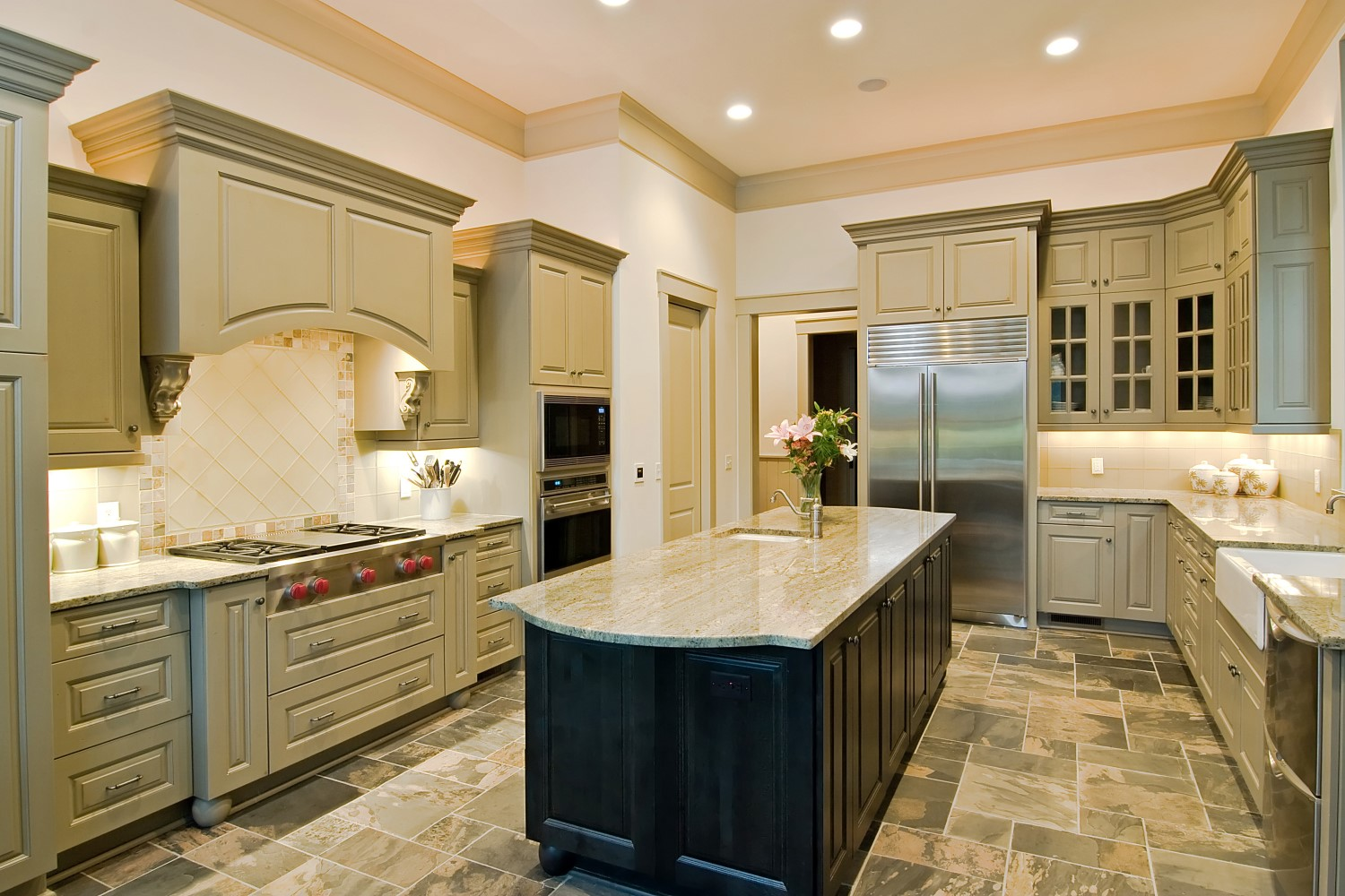 do you install flooring before kitchen cabinets tuscan d 233 cor with granite countertops granite liquidators 9860