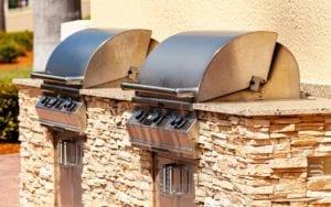 An Outdoor Kitchen Using Granite