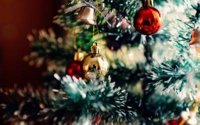 9 Holiday-themed Kitchen Décor Ideas