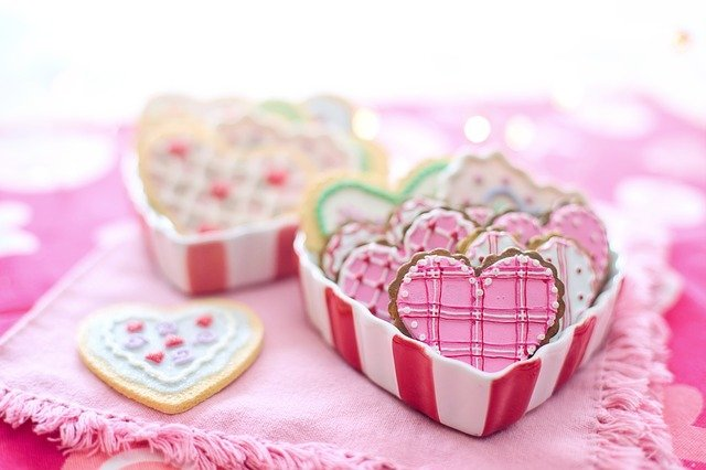 Easy (and Cheap!) Valentine's Day Decoration Ideas for Your Kitchen