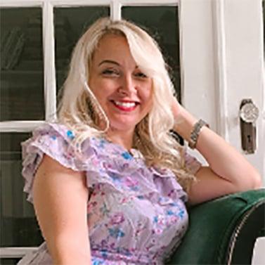 Jennifer Burt